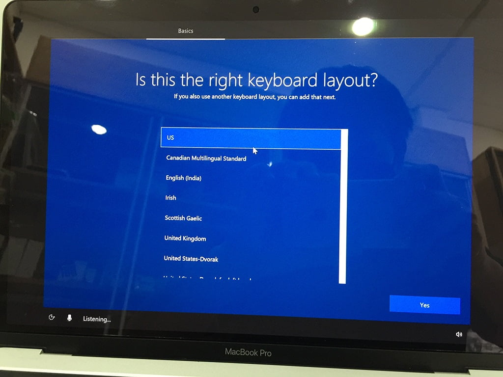 Install Win 10 for Macbook Pro and Air. Choose a us language